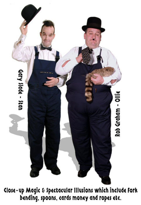Lookalikes Laurel and Hardy ..brilliant magicians