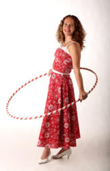 Angie, 50's style hula hoop artist