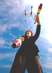 James Bazley juggling four clubs