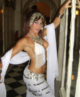 Seffi beautiful bellydancer - to book contact www.circusperformers.co.uk